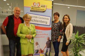 Dr. Birgmayer mit Vizebürgermeisterin Wöss und Seniorenbundobfrau Leiner